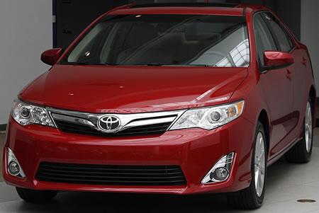 379380 toyota camry vermelho Novo Toyota Camry 2012