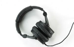 Acidentes com pedestres usando fone de ouvido triplicou em seis anos