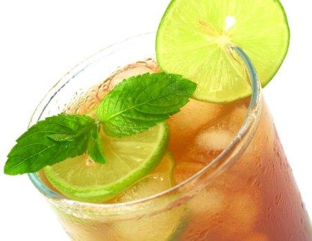 382118 chá gelado Benefícios do chá mate para a saúde