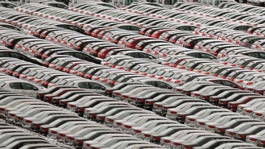 385329 automoveis industria carros 02 size 598 Saiba por que os carros são mais caros no Brasil