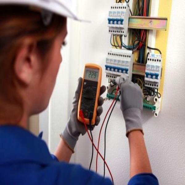 38579 eletricista predial no senai curso de eletricista predial e residencial 600x600 Eletricista Predial no SENAI: Curso de Eletricista Predial e Residencial