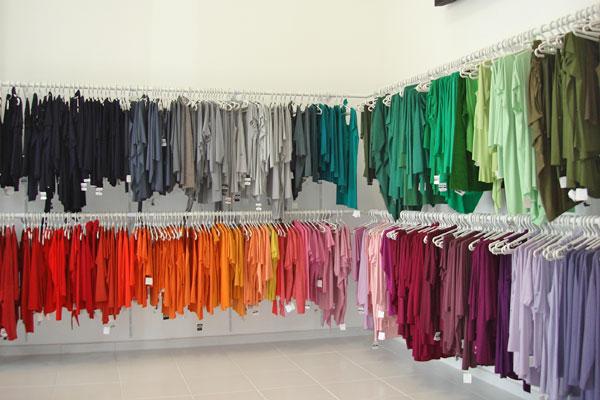 386037 comprar roupas em atacado Como montar uma loja de roupas: dicas