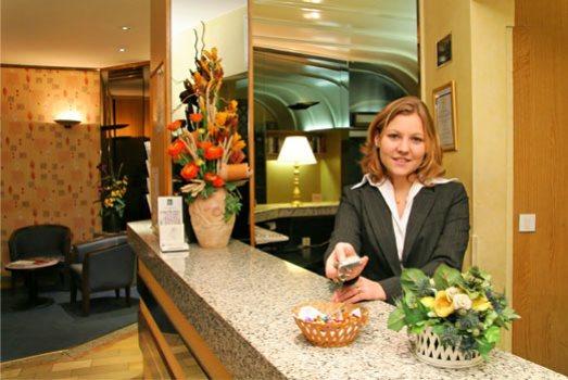 38766 curso de hotelaria gratuito a distancia Curso de Hotelaria Gratuito a Distância