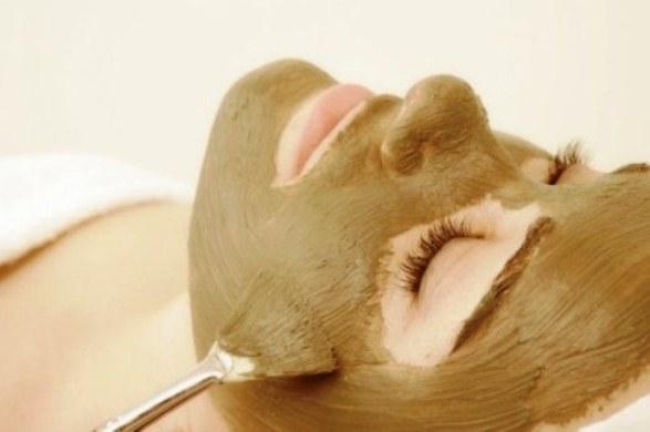 390456 3 Máscara secativa para espinhas: como fazer
