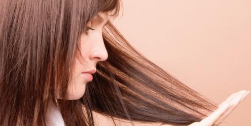 390738 cuidar dos cabelos em casa %C3%A9 poss%C3%ADvel Cuidar dos cabelos em casa: dicas