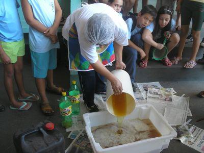 392678 sabao caseiro receita com gorduras usadas na cozinha 1 Sabão caseiro: Receita com gorduras usadas na cozinha