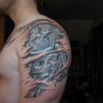 393761 Tattoo Biomechanical Shoulder and arm 150x150 Tatuagens para fechar o braço: fotos