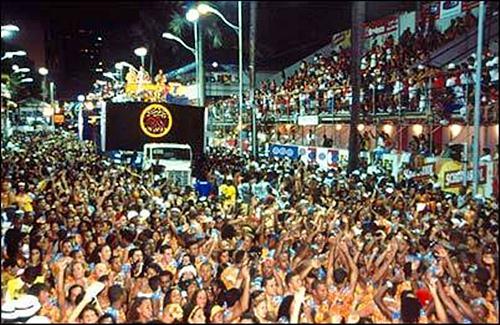 394622 carnaval salvador 2012 Penteados para Carnaval 2012