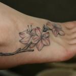 396871 Tatuagens femininas no calcanhar e pé 1 150x150 Modelos de tatuagens no pé   fotos