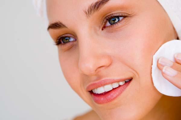 397112 pele bem preparada %C3%A9 sin%C3%B4nimo de maquiagem bem feita e dur%C3%A1vel Como preparar a pele para a maquiagem