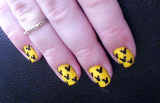 397461 DSCI0024 Conheça novos jeitos de pintar as unhas