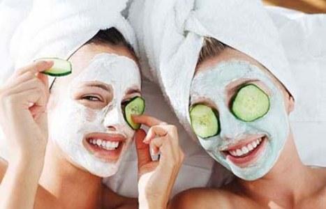 398506 mascara de pepino e ovo são otimoa para hidratar a pele e ajudar fechar os poros Tratamentos caseiros para poros dilatados
