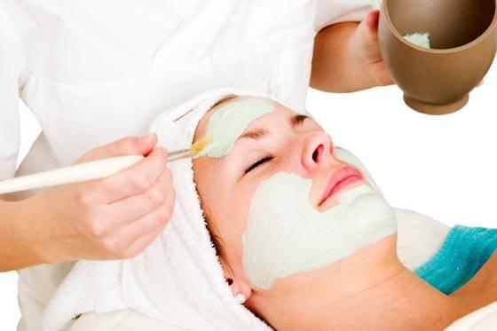 400162 limpeza de pele feita por um profissional %C3%A9 muito mais profunda Limpeza de pele: importância, benefícios