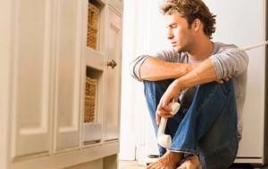 Ter pai depressivo eleva risco de filho ter problemas em seu desenvolvimento