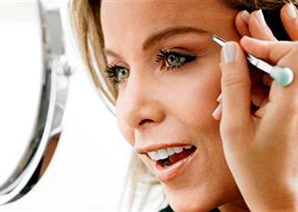 400862 pintar sobrancelhas Sobrancelha: como tingir