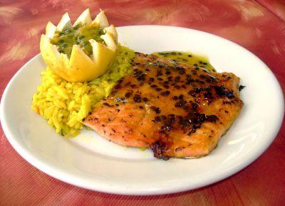 401982 Receita de salmão assado ao molho de maracujá 4 Receita de salmão assado ao molho de maracujá