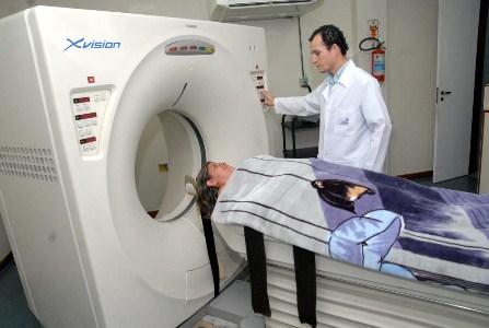 402541 tomografia O que fazer em casos de batida na cabeça