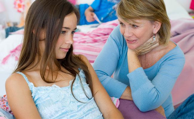 404208 minha filha menstruou Primeira menstruação   Qual a idade certa