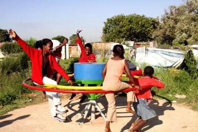 404235 Crianças em parques cuidados 3 Crianças em parques: cuidados