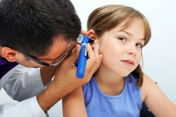 404444 A dor de ouvido é uma queixa comum Dor de ouvido em crianças: o que fazer