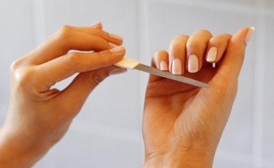 408193 Como pintar as unhas em casa dicas como fazer 3 Como pintar as unhas em casa: dicas, como fazer