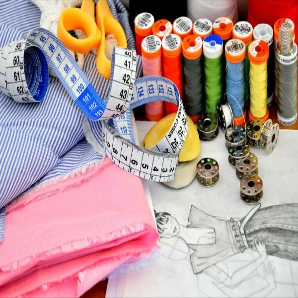40919 curso gratis moda 600x600 Curso de Design de Moda Online Grátis
