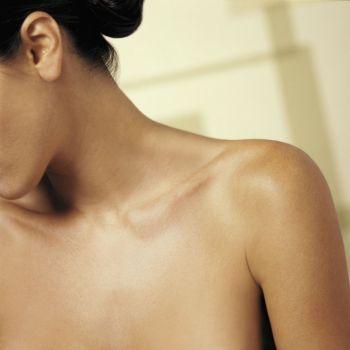 411268 Maquiagem no pescoço3 Maquiagem no pescoço: como fazer