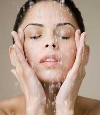 412333 pele oleosa como hidratar 3 Pele oleosa: como hidratar