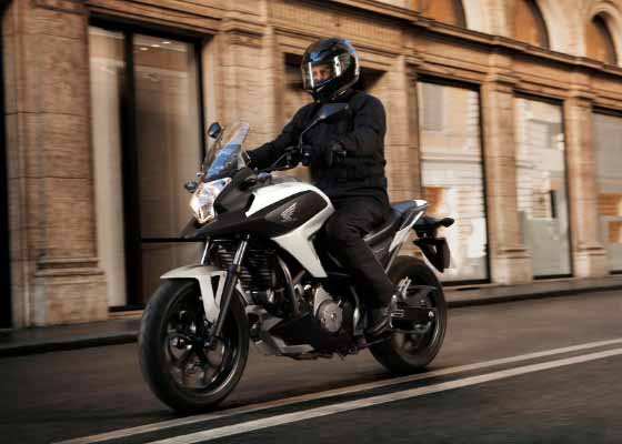 413439 Nova Honda NC700X 2012 lan%C3%A7amento fotos 01 Nova Honda NC700X 2012: lançamento, fotos