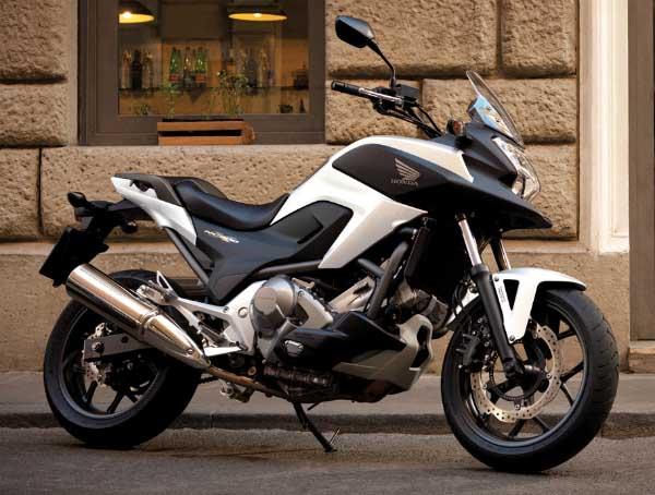 413439 Nova Honda NC700X 2012 lan%C3%A7amento fotos 02 Nova Honda NC700X 2012: lançamento, fotos