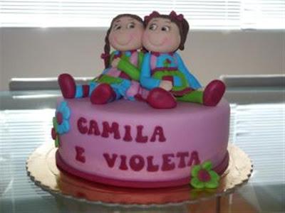 413753 Bolo gemeas Small Bolos de aniversário para meninas: fotos