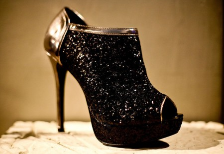 415400 Sapatos de glitter 9 450x309 Sapatos com Brilhos   Modelos, fotos