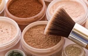 Evite a irritabilidade com alternativas das maquiagens comuns