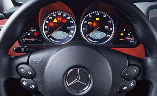 416640 mercedes slr mclaren 2012 fotos preco 5 Mercedes SLR Mclaren 2012: fotos, preço