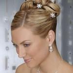 417516 penteados de noivas com coque dicas fotos 8 150x150 Penteados de noivas com coque: dicas fotos