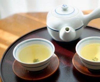 420315 Chá para vermes Benefícios da arruda