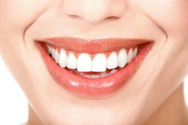 420339 Dentista SC Odontoquality 44 Cuidados após o tratamento de canal
