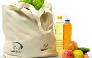 Fim de sacolas plásticas impulsiona 'aluguel' de retornáveis