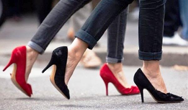 423968 Os sapatos de bico fino são clássicos e muito elegantes Sapatos de bico fino inverno 2012