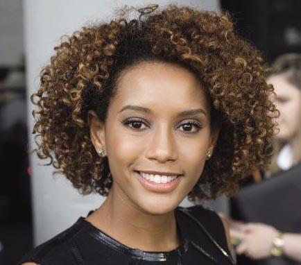 424495 Sugest%C3%B5es de Penteados para cabelos afros 1 Sugestões de Penteados para cabelos afros