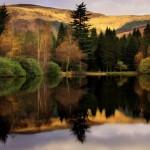 425990 outono gran bretanha3 floresta refletindo no lago 150x150 Paisagens do outono: fotos