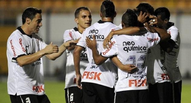 431458 De goleada Corinthians vence o Deportivo Táchira2 De goleada Corinthians vence o Deportivo Táchira