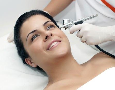 435130 Tratamentos que combatem o envelhecimento da pele 2 Tratamentos que combatem o envelhecimento da pele