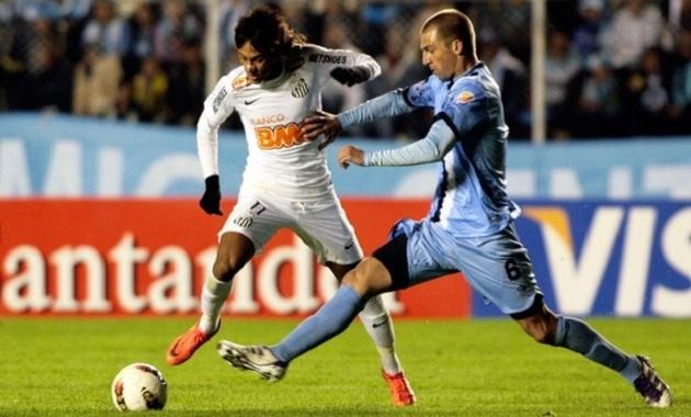435940 neymar frontini reu Santos perde para a Bolíviar e é eliminado da Libertadores