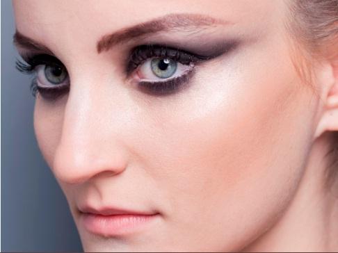 436114 Maquiagem para o inverno 2012 cores tend%C3%AAncias fotos 2 Maquiagem para o Inverno 2012: cores, tendências, fotos