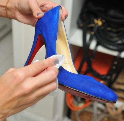 438260 Sapatos de camur%C3%A7a como cuidar 3 Sapatos de camurça: como cuidar