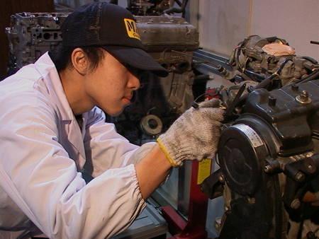 438409 Curso de mecanica forma primeira turma em Aichi fotogaleria h Curso de mecânica de automóveis, RJ