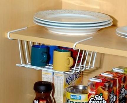 439928 Como organizar o armário da cozinha Como organizar o armário da cozinha