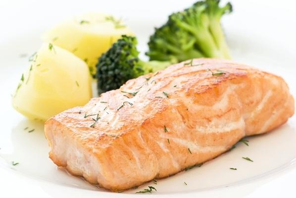 439981 Uma dieta equilibrada é essencial para uma vida saudável. Gorduras que fazem bem para a saúde