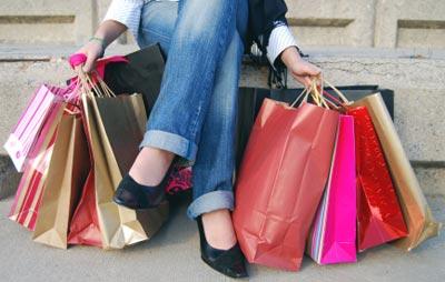 441926 Outlets de luxo na Europa s%C3%A3o muito frequentados por 1 Outlets de luxo na Europa são muito frequentados por brasileiros